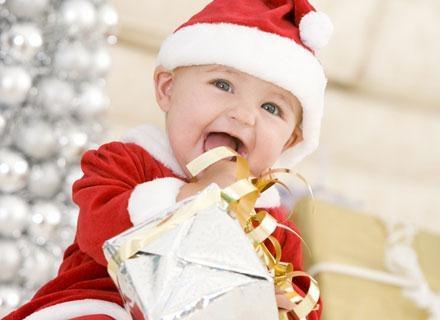 Kto powiedział, że Święty Mikołaj musi być staruszkiem z brodą i wielkim brzuchem? /© Panthermedia