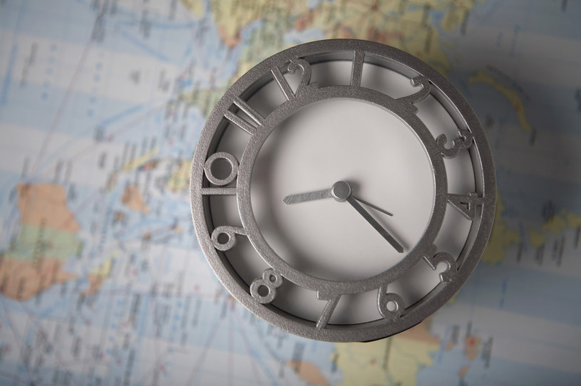 Kto ukradł prąd za 3 mln euro i spowolnił europejskie zegary? /© Glowimages