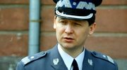 Komendant główny policji generał Marek Papała zginął na parkingu przed własnym mieszkaniem w 1998 roku