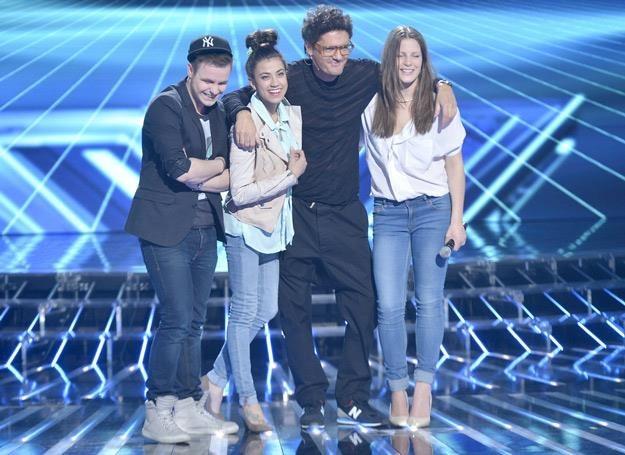 """Kuba Wojewódzki i jego podpieczni z """"X Factor"""": Filip Mettler, Maja Hyży i Klaudia Gawor /AKPA"""