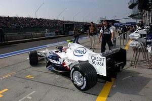 Kubica 0.5 s za Schumacherem!