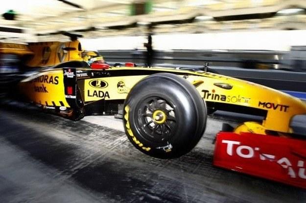 Kubica na oponach Pirelli /