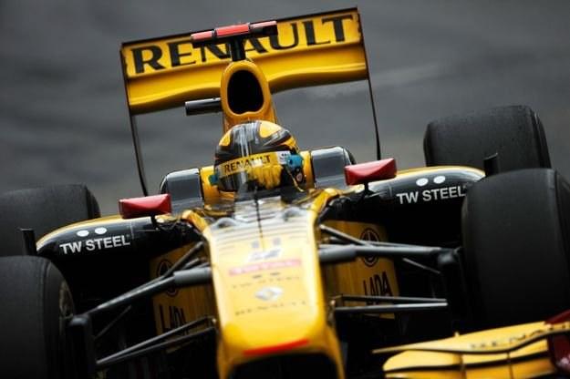 Kubica wystartuje w USA. Czy w barwach Renault? /AFP