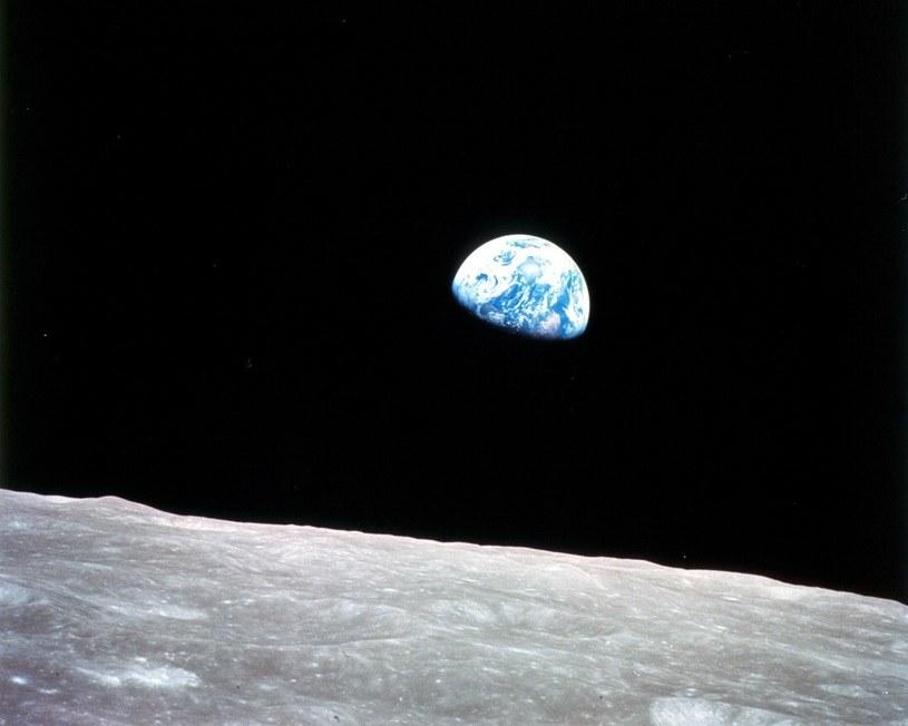 Kultowe zdjecie Ziemi wykonane przez załogę Apollo 8 /NASA