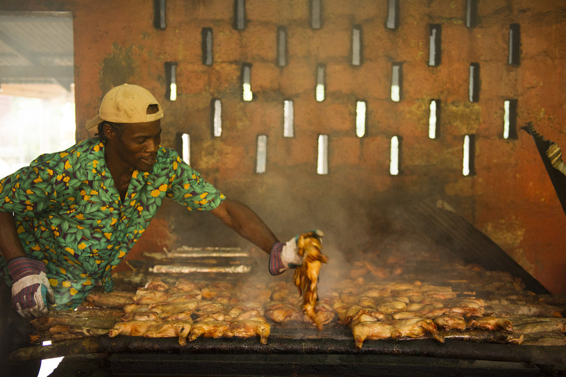 Kurczak po jamajsku w Scotchie's /fot. Diana Zalucky /The New York Times Syndicate