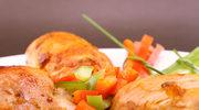 Kurczak z fetą i warzywami