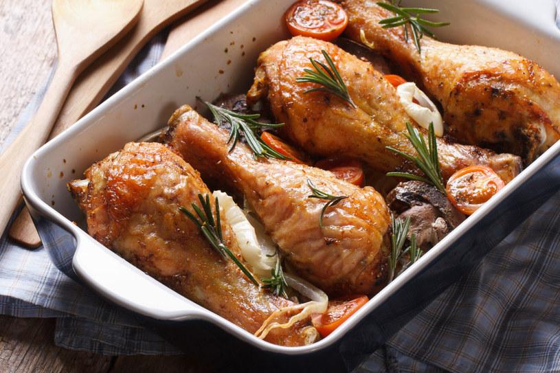 Kurczak z rozmarynem /123RF/PICSEL