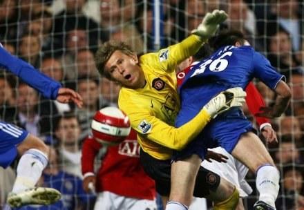Kuszczak musi się nagimnastykować, żeby wywalczyć miejsce w bramce Man Utd /AFP