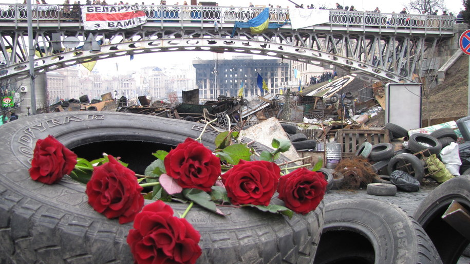 Kwiaty na barykadach /Przemysław Marzec /RMF FM