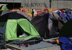 """""""La Stampa"""" o propozycji Komisji Europejskiej: Do 250 tysięcy euro kary za nieprzyjęcie uchodźcy"""