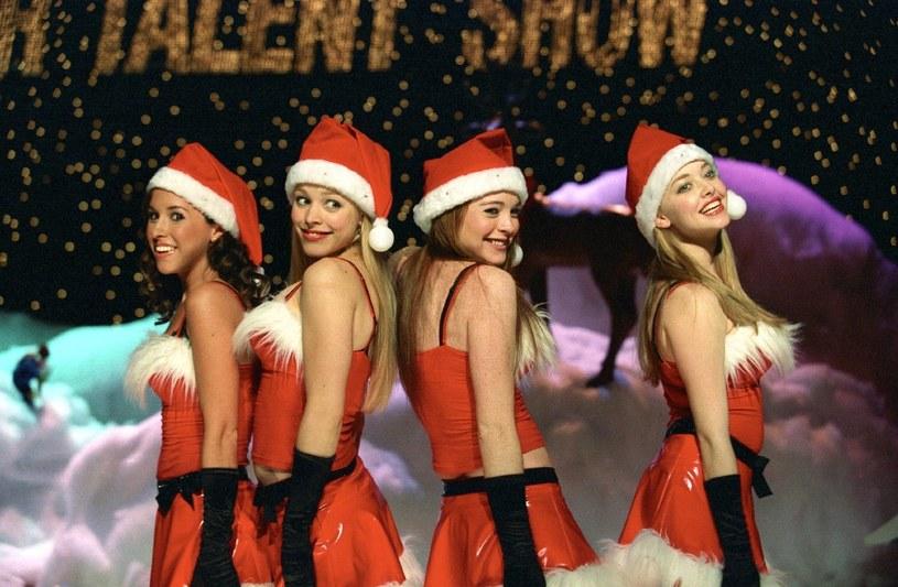 """Lacy Chabert, Rachel McAdams, Lindsay Lohan i Amanda Seyfried w filmie """"Wredne dziewczyny"""" /materiały prasowe"""