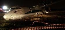 Lądowanie w ciężkich warunkach. Samolot odbił się od pasa [ZDJĘCIA]
