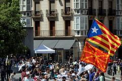 Łańcuch rąk połączył trzy hiszpańskie miasta
