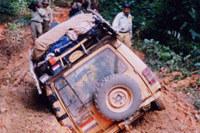 Land rover w brazylijskiej dżungli /INTERIA.PL