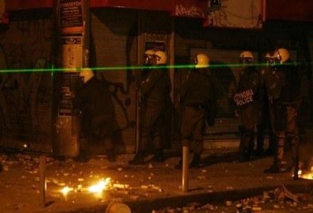 Laser wykorzystywany podczas zamieszek w Grecji /AFP