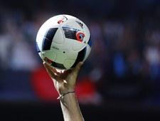 Latające świnie przerwały mecz w Anglii