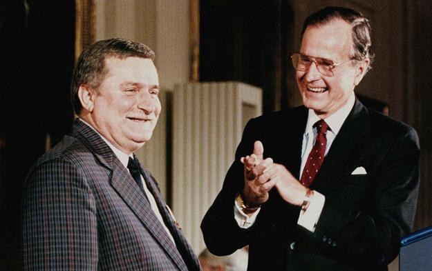 Lech Wałęsa i ówczesny amerykański prezydent George Bush /AFP