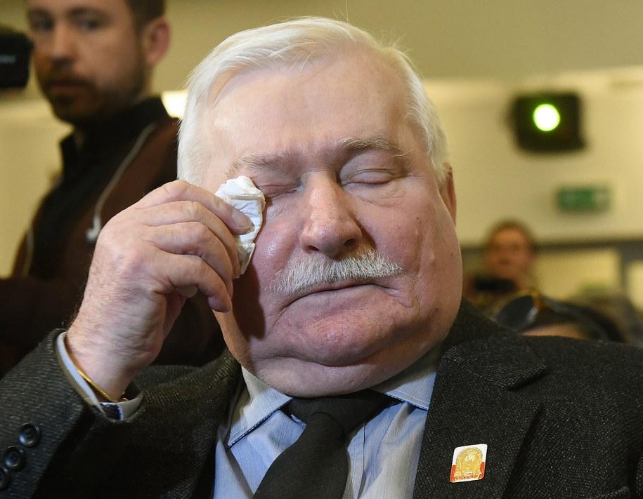 Lech Wałęsa: Zapraszam ABW do domu. Wyczyściłem wszystko /Radek Pietruszka /PAP