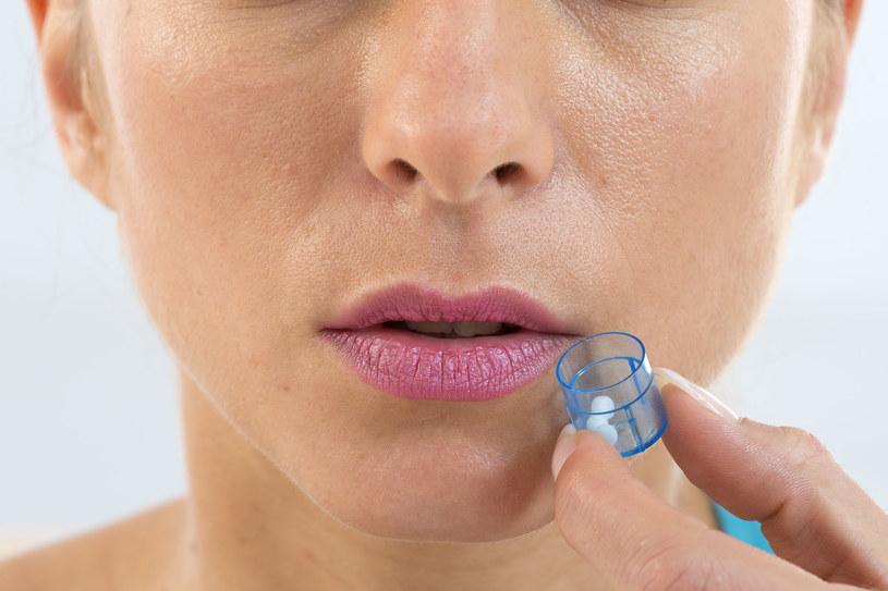 Leczenie homeopatyczne polega na dobraniu leku w celu sprowokowania organizmu do zatrzymania choroby /123RF/PICSEL