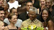 Legendarny bojownik, charyzmatyczny przywódca. Nelson Mandela na archiwalnych filmach