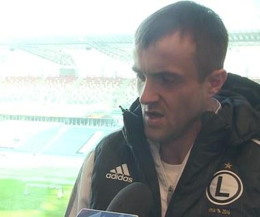 Legia - Ajax. Łukasz Broź: Widziałem, że trochę nieczysto zagrał. Wideo