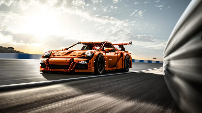 LEGO Porsche GT3 RS /materiały prasowe
