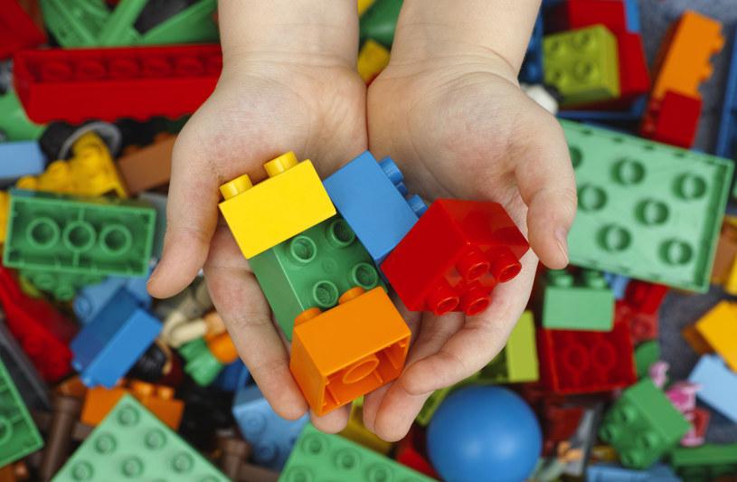 LEGO współpracuje ściśle z organizacją UNICEF /123RF/PICSEL