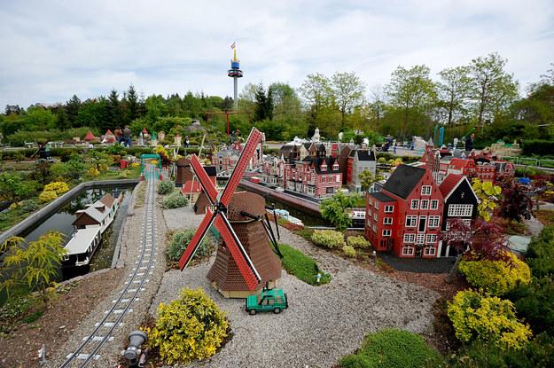 Legoland w Günzburgu /123/RF PICSEL