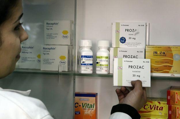 Leki przez Allegro? Główny Inspektor Farmaceutyczny ma z tym problem /AFP