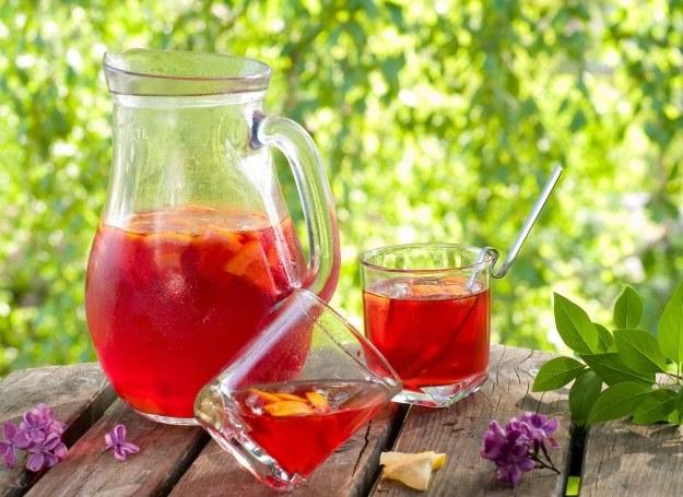 Lemoniada to zawsze gwarancja smacznego orzeźwienia! /©123RF/PICSEL