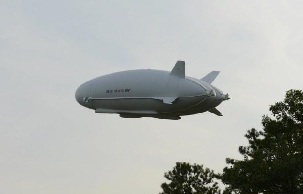 LEMV w powietrzu.   Fot. Hybrid Air Vehicles /materiały prasowe