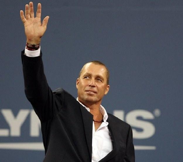 Lendl po 16 latach wrócił na kort /AFP