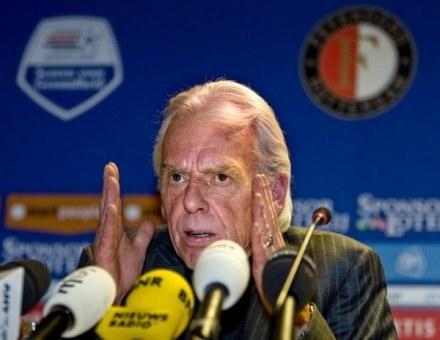 Leo Beenhakker może wylądować w RPA /AFP