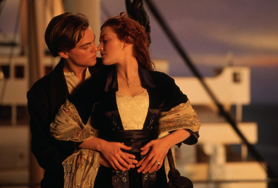 "Leonardo DiCaprio i Kate Winslet na planie ""Titanica"" /face to face /PAP/Photoshot"
