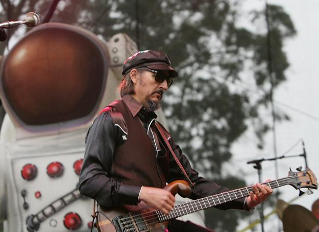 Les Claypool (Primus) nawiązuje do spuścizny Franka Zappy - fot. Karl Walter /Getty Images/Flash Press Media