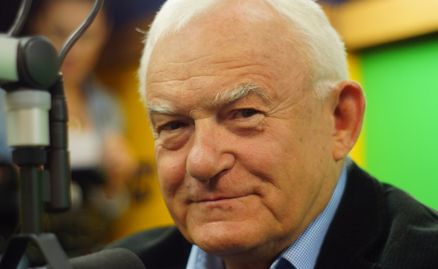 """Leszek Miller: Szydło nie powinna być premierem. Kaczyński myśli sobie: """"zrobiłbym to lepiej"""""""