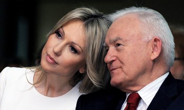 Leszek Miller z tajemniczą blondynką /Jan Bielecki /East News