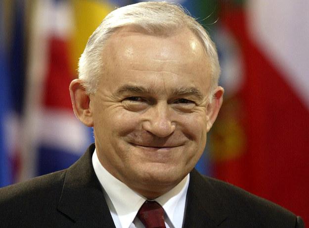 Leszek Miller (zdjęcie z 2001 roku) poprowadził koalicję SLD-UP do wyborczego zwycięstwa. /AFP