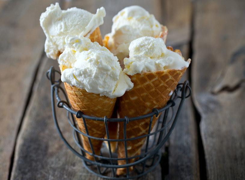 Letnie desery mogły podnieść twój cukier /123RF/PICSEL