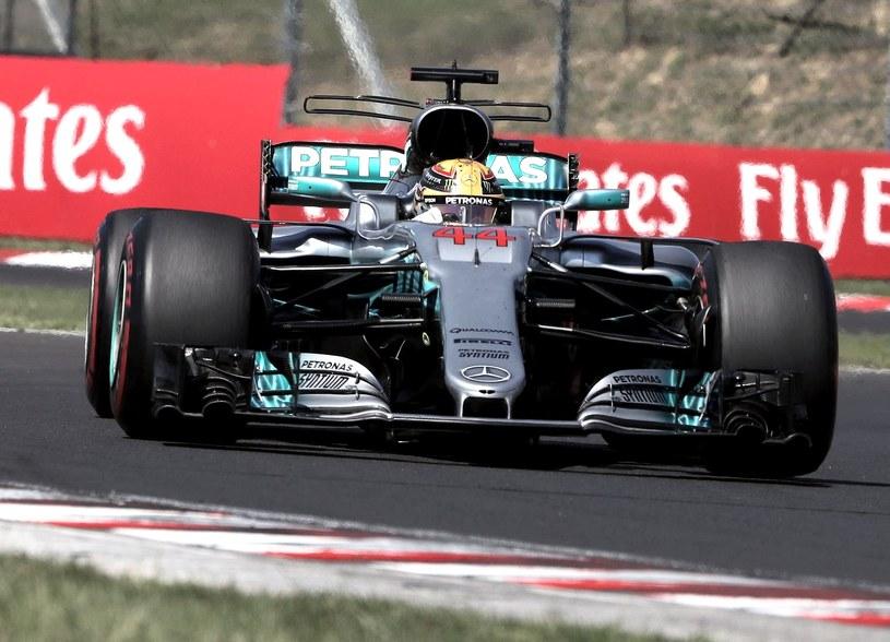 Lewis Hamilton chce wyrównać rekord Schumachera /AFP