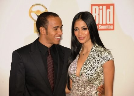 Lewis Hamilton i jego dziewczyna, piosenkarka Nicole Scherzinger /AFP
