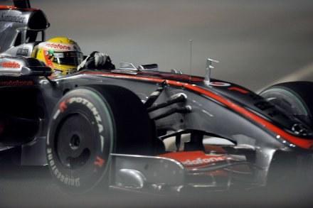 Lewis Hamilton podczas sobotniego treningu /AFP