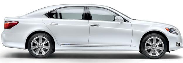 Lexus 600 h /
