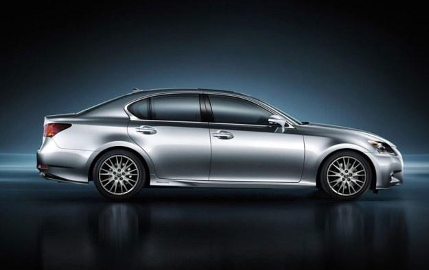 Lexus GS 300h /