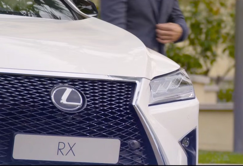 Lexus RX i... James Bond? /