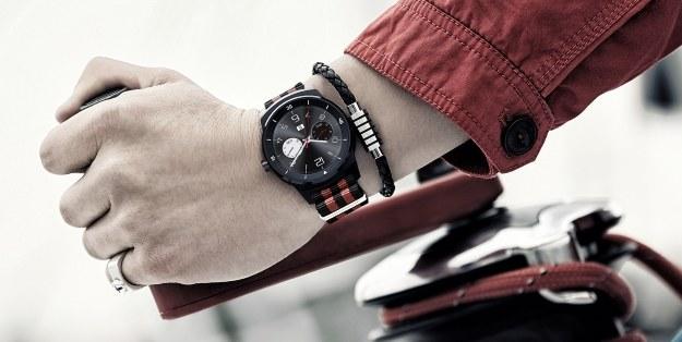 LG G Watch R - inteligentny zegarek LG z systemem Android Wear /materiały prasowe