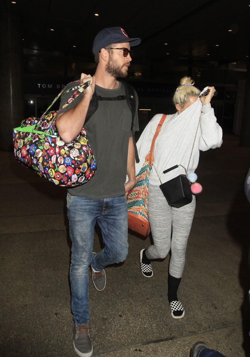 Liam Hemsworth i Miley Cyrus /Splash News /East News