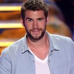 Liam Hemsworth kontra wielkie korporacje