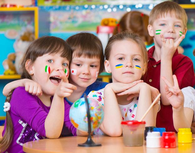 Liczba miejsc w żłobkach i klubach dziecięcych ma wzrosnąć do 2020 r. o ponad 100 proc. /123RF/PICSEL
