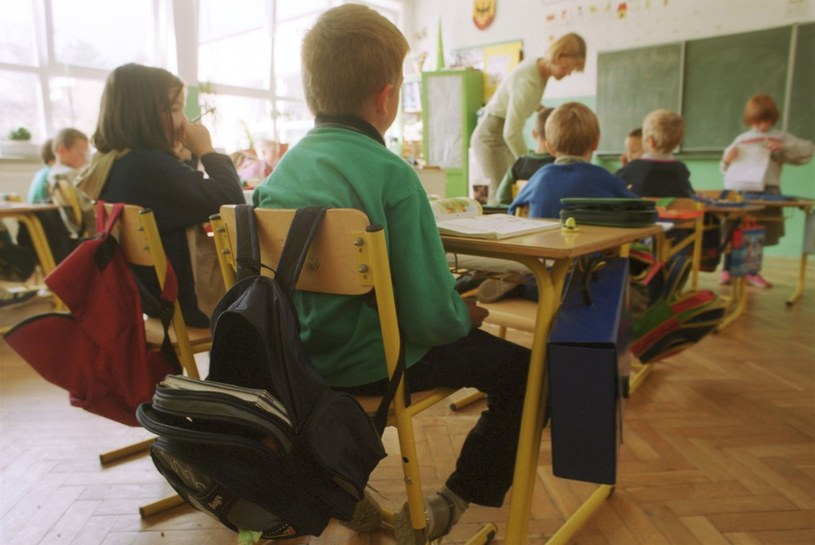 Liczba uczniów zmalała o 1,5 mln /Adam Tuchliński /Reporter